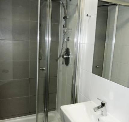 paris-gardens-shower-2-2