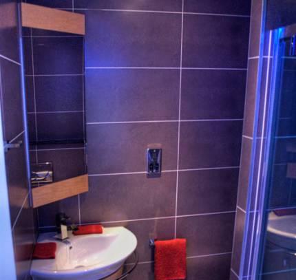 Bathroom Pods 26