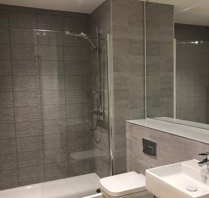 floorless bathroom pod
